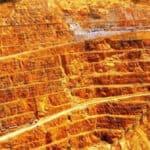 ইরানে সোনার খনি থেকে উৎপাদন বাড়ছে শতকরা ১৬ ভাগ